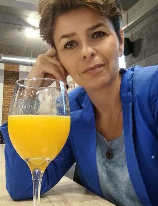 Wywiad zkobietą spełniającą się Małgorzatą Sarnecką